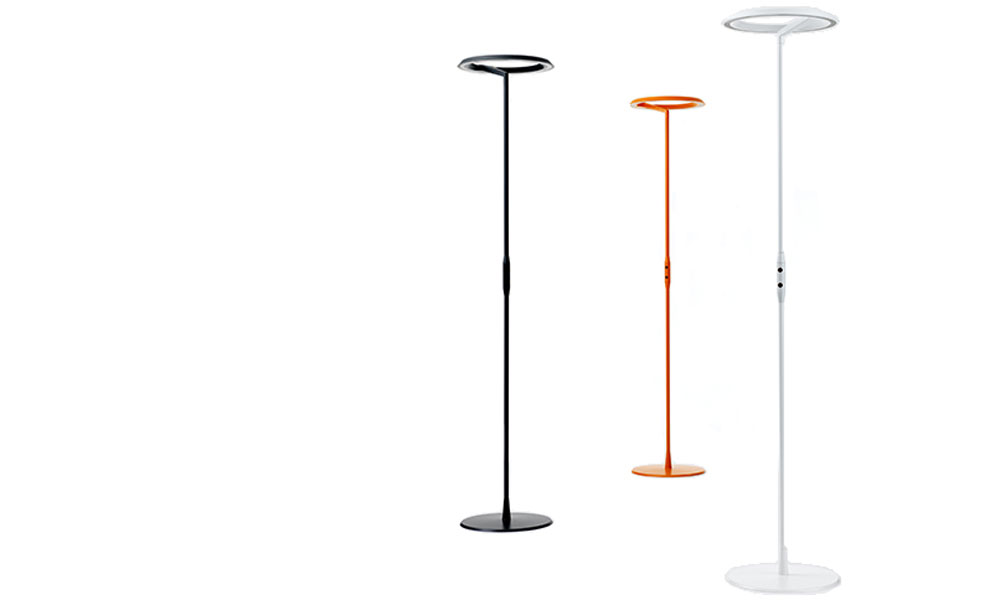 W126 golvlampa har en stilren och minimalistisk design i tre olika färger